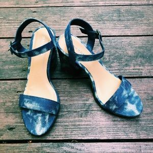 nwot tie-dye denim block heels